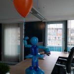 bedrijfslogo ballonfiguur Kakes Waal Zaandam De Decoratieballon